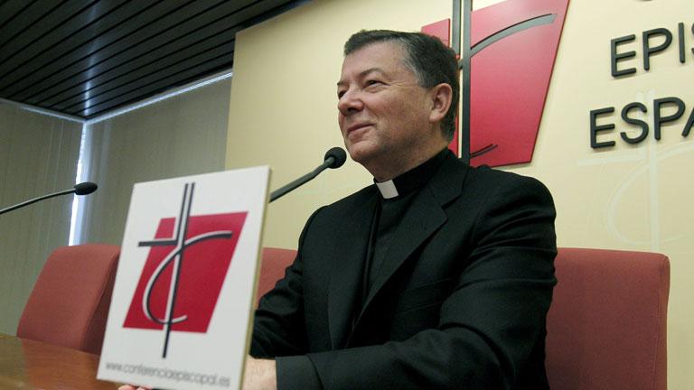 La Conferencia Episcopal ve legítimo usar una píldora que evite la concepción en caso de violación