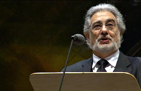 Ver v?deo  'Plácido Domingo canta en la Fiesta de la Libertad de Berlín'