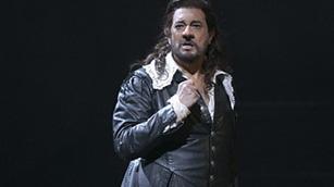 Ver vídeo  'Plácido Domingo regresa al Teatro Real de Madrid como protagonista de Cyrano de Bergerac'