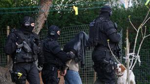 Ver vídeo  'La policía francesa detiene a 19 personas presuntamente relacionadas con círculos islamistas'