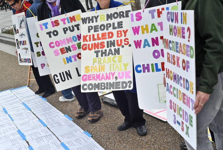US-POLITICS-GUNS-PROTEST