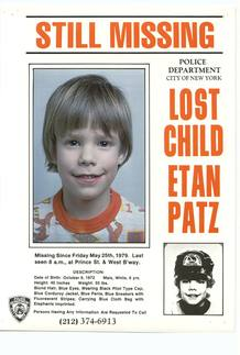 """Poster de """"Se busca"""" con la fotografía de Etan Patz, desaparecido en Nueva York en 1979"""