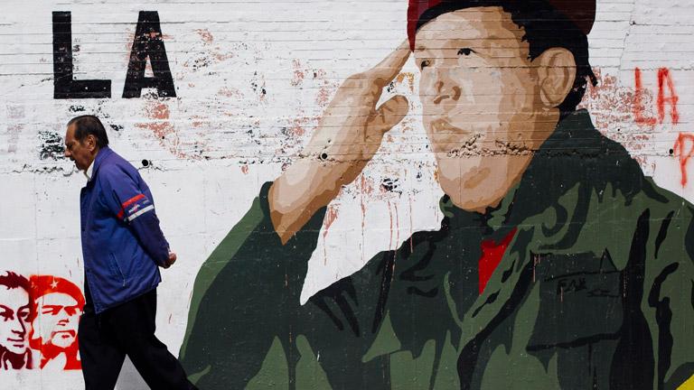 La oposición en Venezuela exige a Maduro que diga la verdad sobre la salud de Chávez