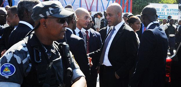 El presidente de Haití, Michel Martelly, habla en Puerto Príncipe, este viernes