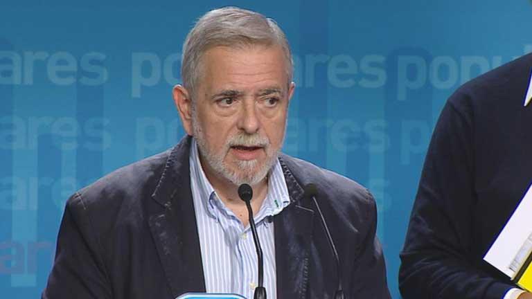 Antonio Beteta niega que los presupuestos de 2013 incumplan estatutos de autonomía