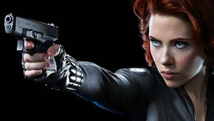 Ver vídeo  'Primer clip de 'Los Vengadores', protagonizado por Scarlett Johannson (La Viuda Negra)'