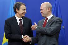 El primer ministro sueco, Fredrik Reinfeldt, recibe a José Luis Rodríguez Zapatero en Bruselas.