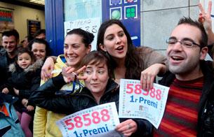 Ver vídeo  'El primer premio del Niño cae en la administración número 1 de Castelldefels'