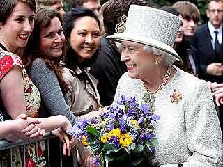 Ver vídeo  'Primera jornada de la histórica visita de Isabel II a Irlanda'