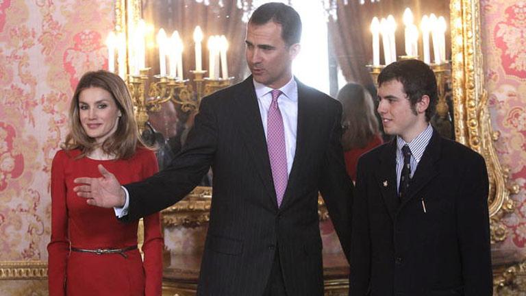 El príncipe de Asturias preside hoy la entrega del Cervantes a Nicanor Parra