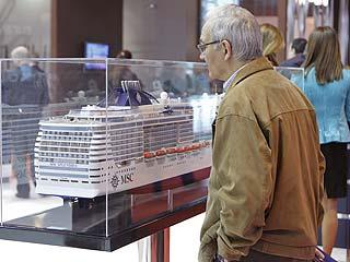 Ver vídeo  'Los príncipes de Asturias apoyan el turismo e inauguran Fitur 2012'