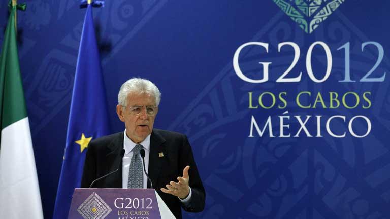 Monti propone el uso del fondo de rescate para comprar de