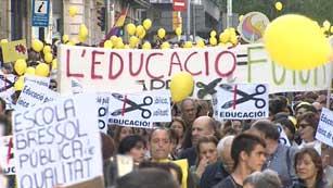 Ver vídeo  'Protesta en Barcelona contra los recortes en educación'