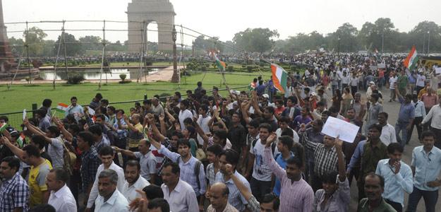 Protesta de partidarios de Hazare en Nueva Delhi, capital de India