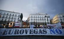 Protesta en la puerta del Sol contra la instalación de Eurovegas en Madrid