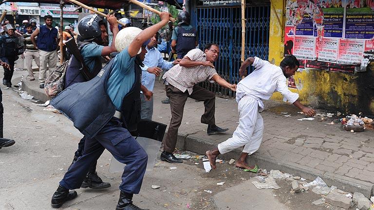 Al menos 22 muertos en Blangladesh en las protestas para pedir una ley antiblasfemia
