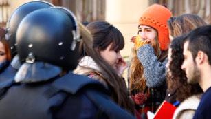 Ver vídeo  'Las protestas de los estudiantes valencianos acaban con seis detenidos más'