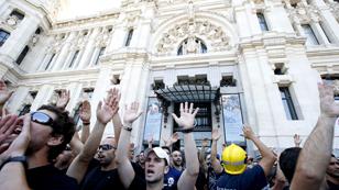Ver vídeo  'Protestas funcionarios 17-7-2012'