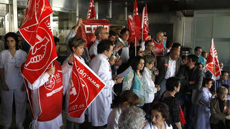 Los profesionales de la sanidad pública piden que la reforma sanitaria se debata