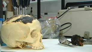 Ver vídeo  'Prueba pericial de ADN conjunta entre expertos y policía en el caso Bretón'