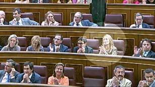 Ver vídeo  'El PSOE pide la dimisión de la diputada del PP Andrea Fabra'