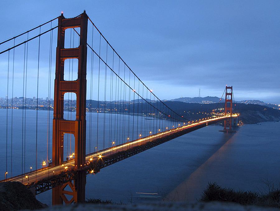 El puente prodigio de la ingeniería cumple 75 años