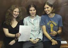 Las tres componentes del grupo de rock ruso Pussy Riot condenadas a dos años de prision