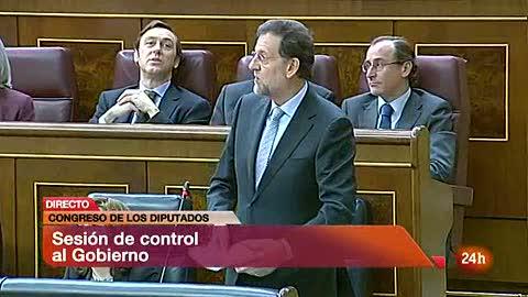 Ver vídeo  'Rajoy anuncia medidas para mejorar la transparencia y un marco de referencia de los salarios de los altos cargos'