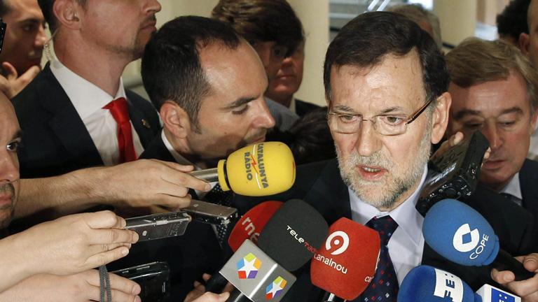 Rajoy asegura que el dato del paro de mayo confirma que su política económica es la adecuada
