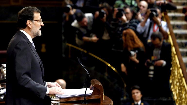 Rajoy anuncia un plan de empleo joven y una ley para controlar las cuentas de los partidos