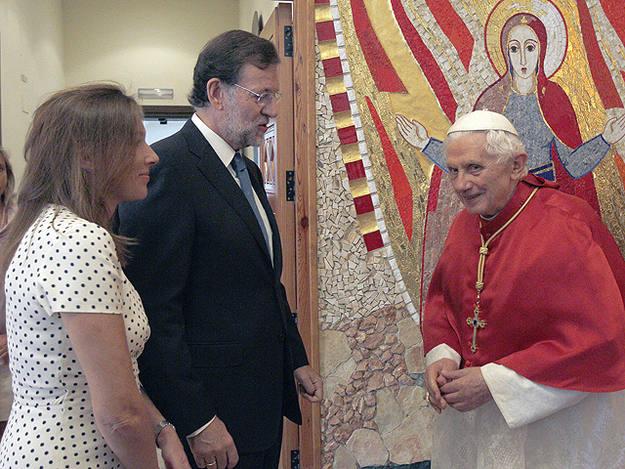 Rajoy con Benedicto XVI en su visita a España en 2011