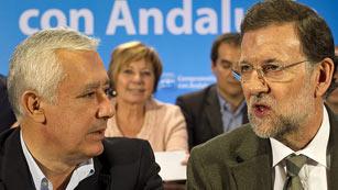 Ver vídeo  'Rajoy culpa de los recortes a que el anterior Gobierno no cumplió con sus compromisos de déficit'