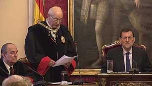 Ver vídeo  'Rajoy descarta que se cobren nuevos peajes por el uso de las autovías'