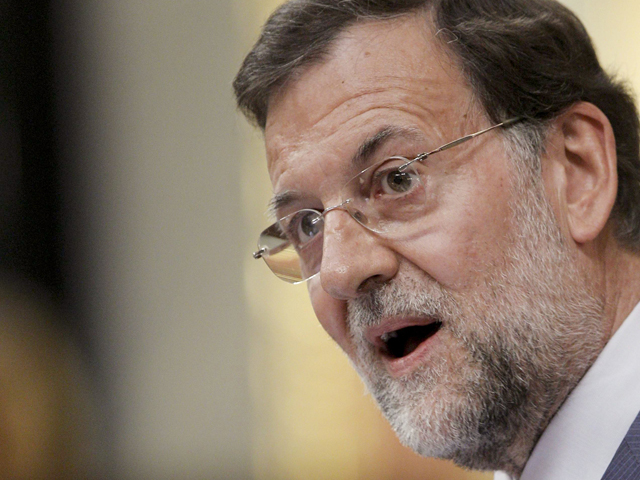 """Ver vídeo  'Rajoy le desea lo mejor a Zapatero """"en lo personal y lo familiar""""'"""