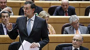 Ver vídeo  'Rajoy guarda silencio sobre los recortes en Sanidad y Educación y defiende su reforma laboral'