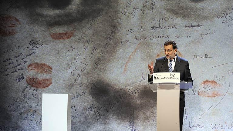 Rajoy: El Gobierno no negociará nunca con los terroristas ni cederá a chantajes