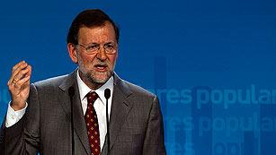 Ver vídeo  'Rajoy, partidario de que el fondo de rescate recapitalice a los bancos'