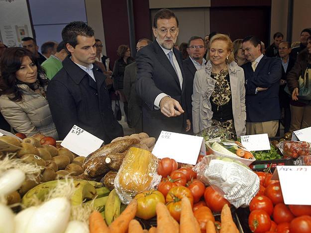Rajoy, de precampaña en un mercado