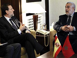 Ver vídeo  'Rajoy realiza su primer viaje internacional como presidente a Marruecos'