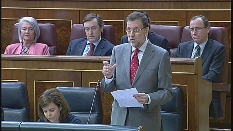 Rajoy no cambiará su política económica aunque reconoce que no tiene efectos en la vida real