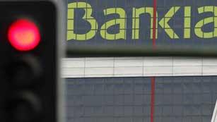 Ver vídeo  'Reacciones al auto de la Audiencia Nacional que investigará la gestión de Bankia'
