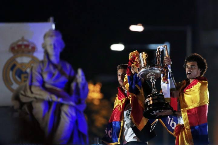 Mega ritual de adoración a Cibeles (Semiramis) de España 1397706259674