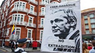 Ver vídeo  'Reino Unido no dejará que Assange salga del país'