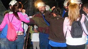 Ver vídeo  'Relevan a los siete mineros encerrados en Pozo de Santa Cruz del Sil (León)'
