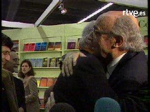 Ver v?deo  'Reportaje biográfico sobre José Saramago, Premio Nobel de Literatura'