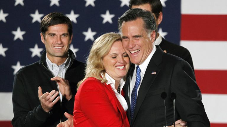 Victoria por la mínima de Mitt Romney en las primarias republicanas de Iowa