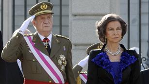Ver vídeo  'El rey reanuda su agenda oficial tras su operación de cadera con la Pascua Militar'