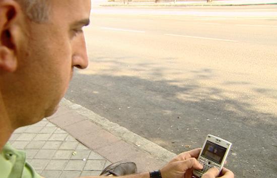 """Ver vídeo  '""""Roaming"""" Internet con el móvil en el extranjero'"""
