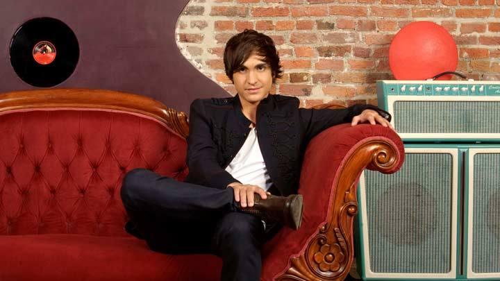 "Roberto Bellarosa representa a Bélgica en Eurovisión 2013 con la canción ""Love kills"""