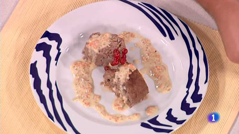 Cocina con Sergio - Rollo de ternera relleno en salsa